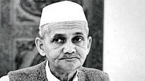 Lal Bahadur Shastri was not hostile to RSS unlike Nehru, often consulted Guru Golwalkar: L K Advani