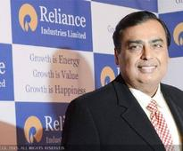 Mukesh Ambani is going to make one of the biggest offshore debt issues to raise $2.25 billion for Reliance Jio