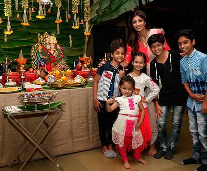 PIX: Shilpa Shetty bids farewell to Ganpati in style