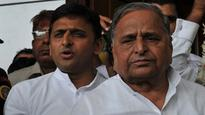 SP feud: Ahead of EC order, both Akhilesh & Mulayam camps confident of retaining cycle symbol