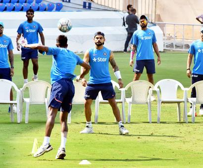 With momentum on their side, India look to tame Bangla 'Tigers'