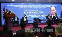 PM urges firms to strive for USD10 billion in bilateral trade by 2020
