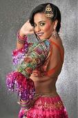 Check out: Swara Bhaskar as erotic singer in Anaarkali of Arrah