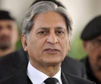 Aitzaz demands forensic audit of PM Nawaz's wealth after Panama leaks