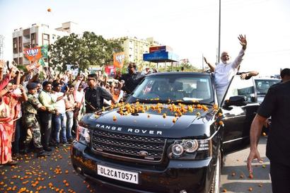 Shun mindset of red beacon culture: Modi to BJP MPs