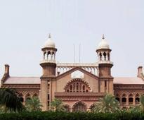 LHC orders registration of murder case against 4 police officers