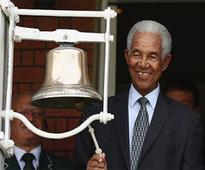 Sobers leads special tribute to Ali