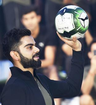 Kohli urges fans to play sport, shun social media