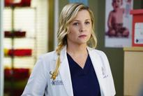 Grey's Anatomy Spoilers: While Riggs Bonds With Alex, Will Meredith Finally Come Clean To Maggie? [Sneak Peek]