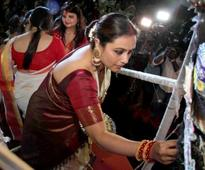 Even After Gaining Weight Rani Mukherjee Looks Drop Dead Gorgeous At Sindoor Khela