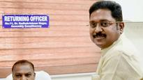 RK Nagar bypoll: No interim relief from Madras HC to Dhinakaran faction for using 'hat' symbol