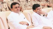 Samajwadi Party truce: Akhilesh Yadav returns uncle Shivpal's portfolios after meeting with Mulayam