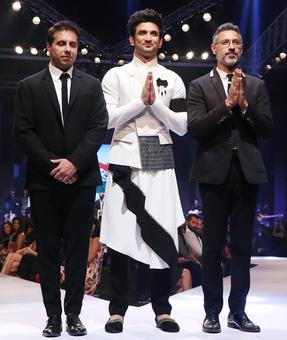 Did Sushant Singh wear a skirt on the ramp?