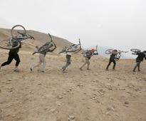 In Afghan province, government woos allies against Islamic State