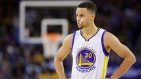 Steph Curry threw his mouthguard again, playing golf with Justin Timberlake