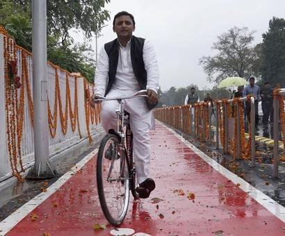 Mulayam loses to son, Akhilesh-led SP to ride 'cycle' in UP assembly polls