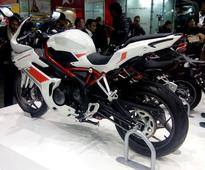 VIDEO: Watch the Upcoming Benelli Tornado 302 in its Video Debut, Don't Miss the Exhaust Note