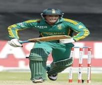 De Kock, Amla tons help Proteas thrash England in third ODI