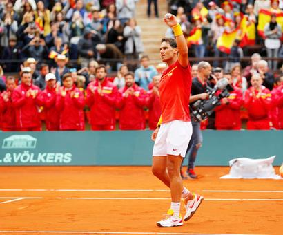 Davis Cup: Record-setter Nadal draws Spain level against Germany