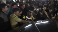 Shah Rukh Khan's son AbRam tastes daddy's stardom, makes fans go frenzy