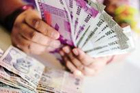 New currency worth Rs52.5 lakh seized; 3 held