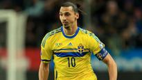 Ibrahimovic one of 'the three best players ever'