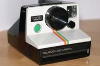 Polaroid Swing app brings 'Live Photos' to old iPhones