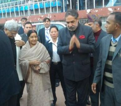 Sushma-led delegation in Nepal for Koirala's funeral
