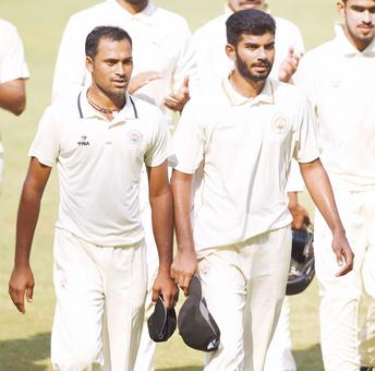 Ranji roundup: Mumbai struggle in 500th match