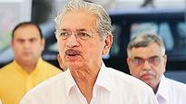 Subhash Desai offers to resign, CM says no