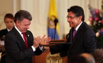 Santos asks new attorney general to fight corruption to ensure lasting peace