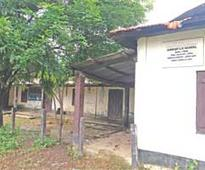 70-year-old school off city struggling for survival