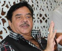 Shatrughan Sinha takes a dig at PM Modi 'great advisors' on Arunachal Prez Rule