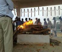 Bihar CM Nitish Kumar, Odisha CM Naveen Patanik, Sharad Yadav attended last rites of Rabi Ray