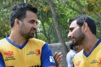Shami in as Delhi opt to bowl