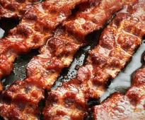 Cancer warning label urged for processed meat