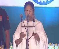 Modi, Rahul congratulate Mamata