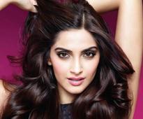 Sonam-Radhika to star opposite Akshay Kumar