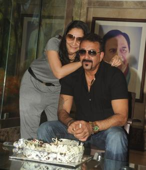 No objection in sending Sanjay Dutt back to jail, Maha govt tells HC