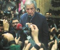 Police intervene at Emek Theater protest featuring Costa-Gavras