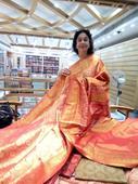 Veteran actress Kirron Kher mesmerized with the magic weaves of traditional Sambalpuri sarees at Mehers'