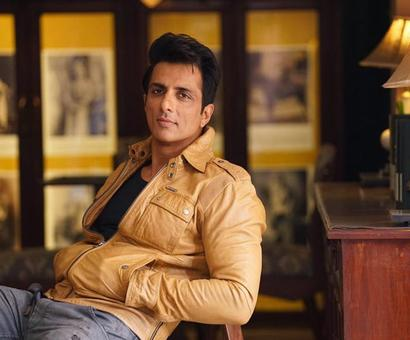 Sonu Sood joins the `Simmba` gang!