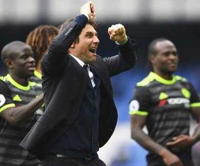 Mourinho's 'not special any more', Chelsea hail 'The Confather'