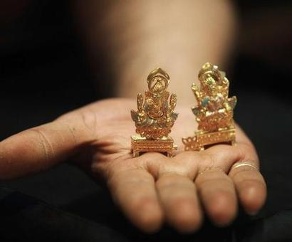 MCX to launch gold options on Oct 17