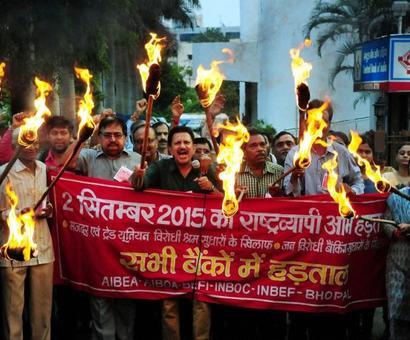 Modi government retreats on labour laws