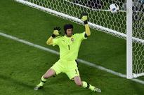 Petr Cech calls time on Czech Republic career