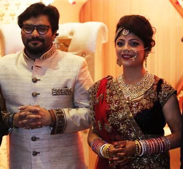 PHOTOS: Union minister Babul Supriyo gets hitched