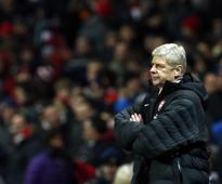 Robson: Arsenal must win trophies or sack Wenger