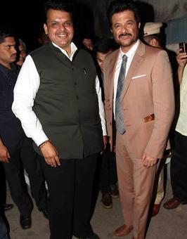 PIX: Anil Kapoor, Dilip Prabhavalkar receive Dinanath Mangeshkar award