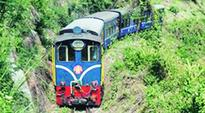 Prabhu signs $5-lakh pact with UNESCO for Darjeeling railways